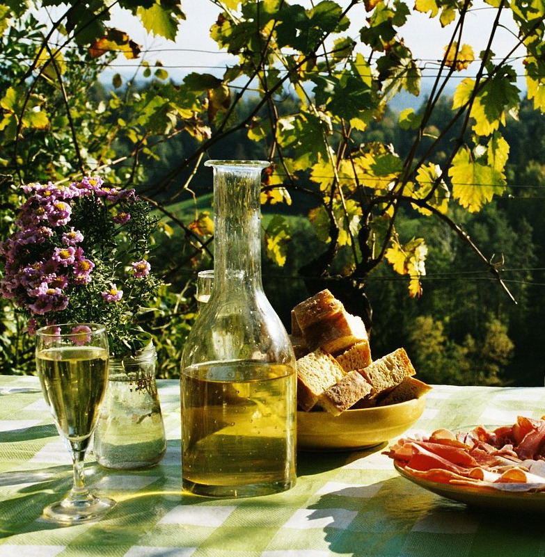Itinerario de especialización en traducción gastronómica, enológica y turística EN-ES